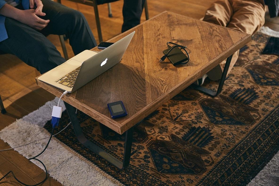 DIYしたリビングのテーブル