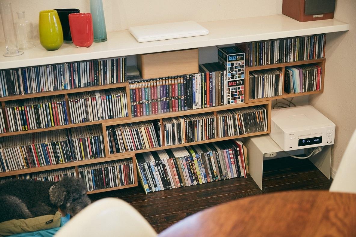 無印良品の「壁に付けられる家具」を利用した収納棚