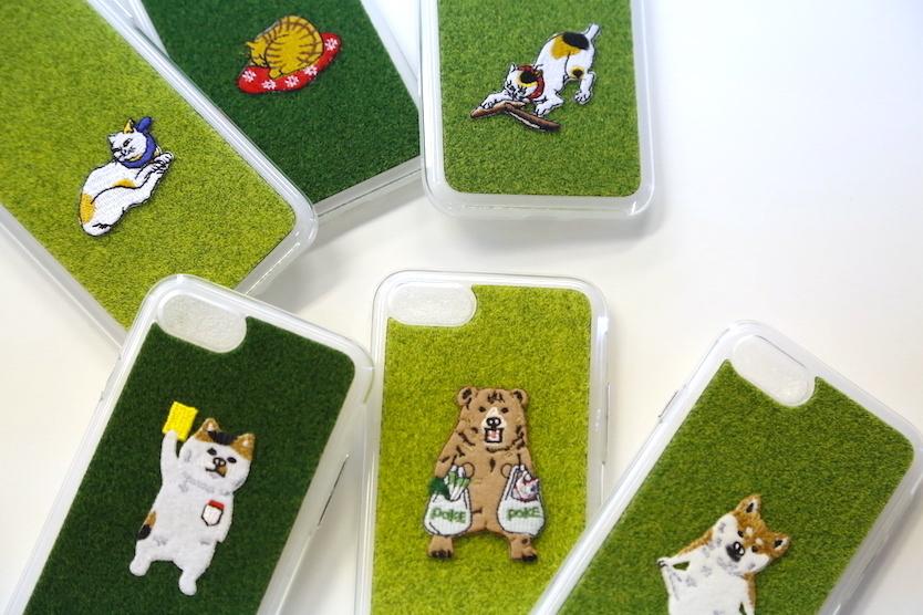 女性へのプレゼントにも喜ばれそうな芝生のiPhoneケースshibaful