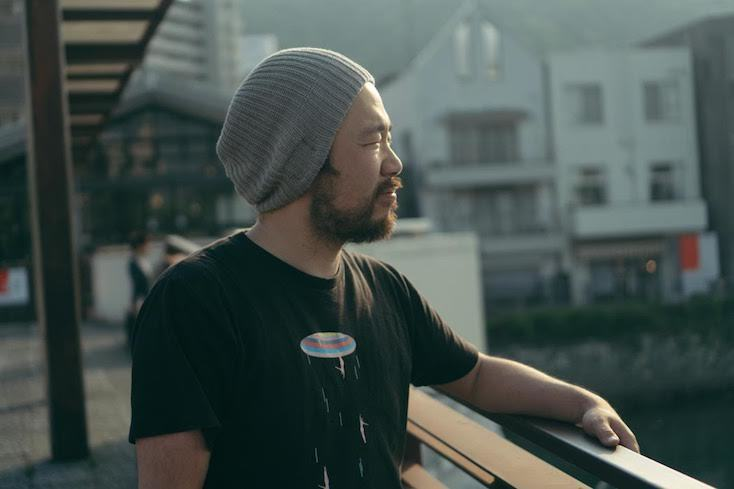 長岡氏は東京でフリーランスとして、さまざまな自主映画のカメラ・照明・美術スタッフなどの仕事をしていた