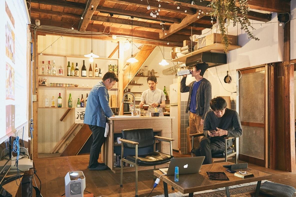 120㎡の一軒家をセルフリノベで再生する建築男子たち(目白)
