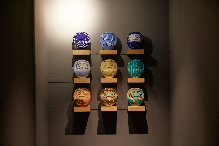 浅草や関東近郊のアーティストや職人が手掛けたアイテムが客室を彩る