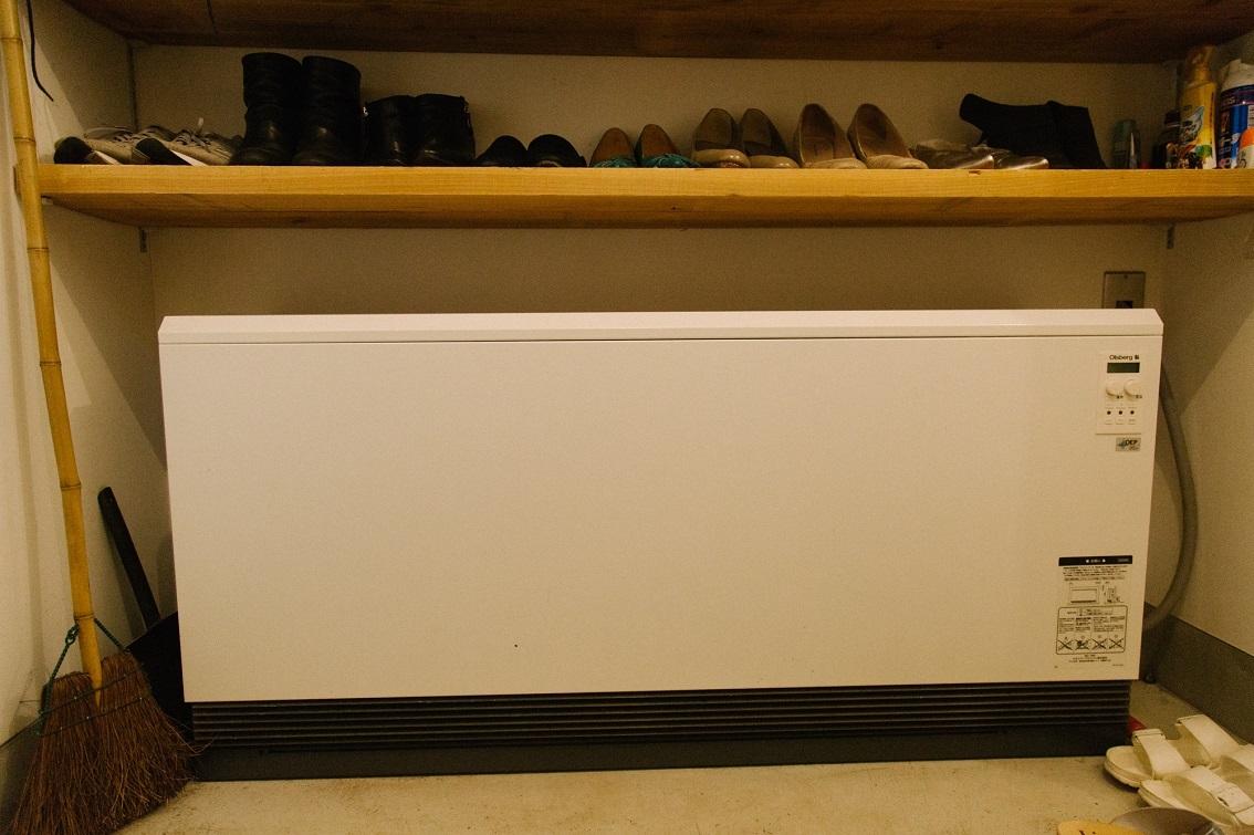 家全体を暖めてくれる蓄熱暖房機