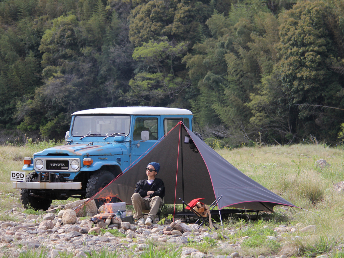 野営派ソロキャンパー向けタープで、ワイルドなキャンプを楽しみたい