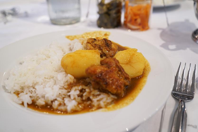 おいしいレトルトカレーBALMUDA The Curry