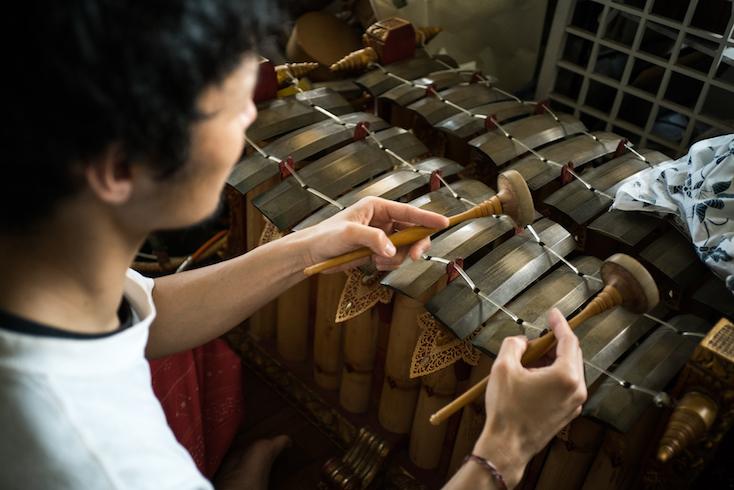 友人から借りている楽器、グンデル