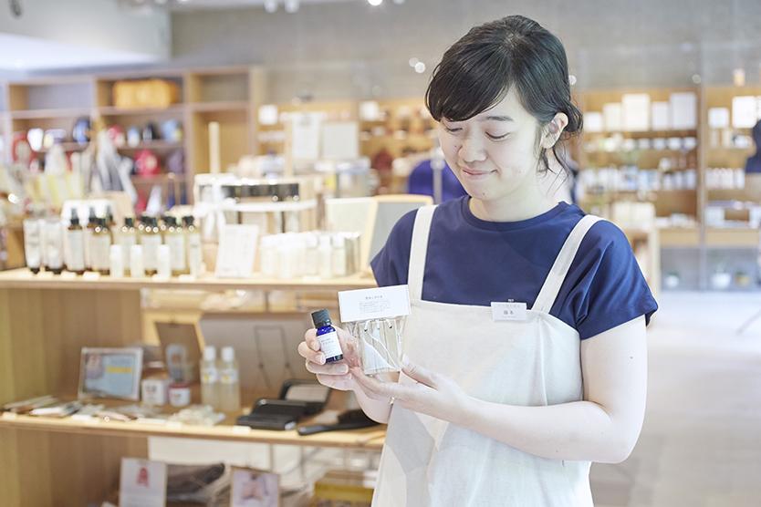 中川政七商店 表参道店店長の藤本さん