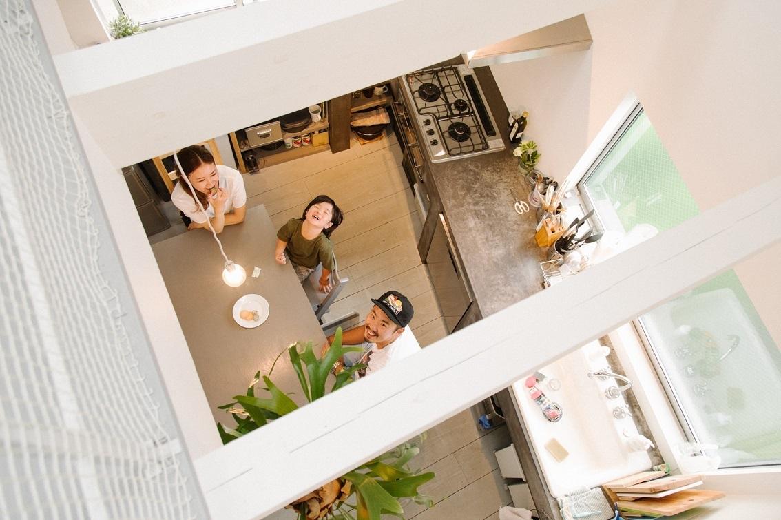 建ててからが「家づくり」。色味を統一した、スキップフロアの一軒家(三軒茶屋)|みんなの部屋