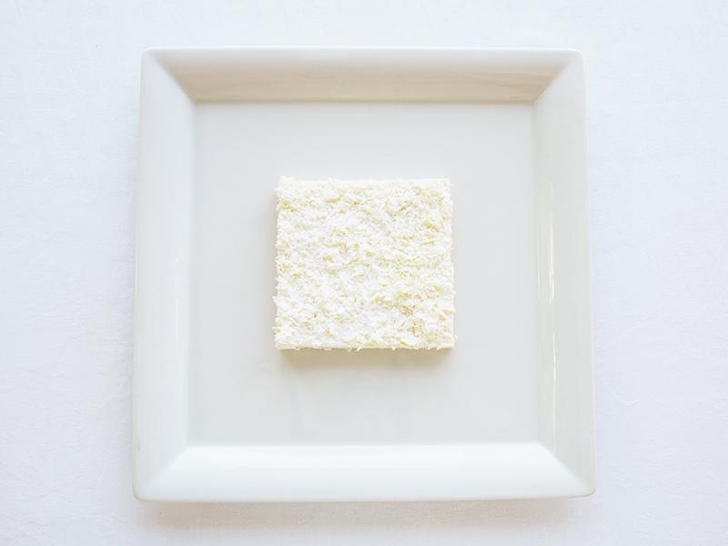 ロバート・ライマンのホワイトチョコとオレンジソースのひんやりタルト