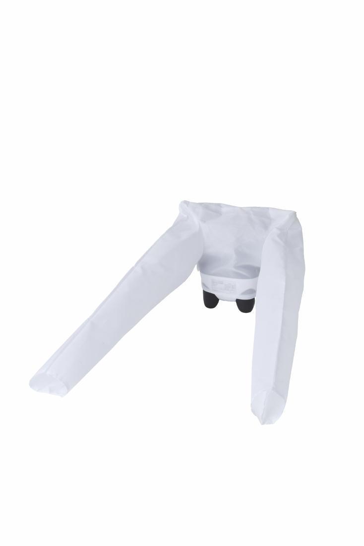 シャツカバーを使用すれば、シャツがシワにならずに乾燥でき、濡れた靴やブーツも、靴カバーがあればすぐに乾く