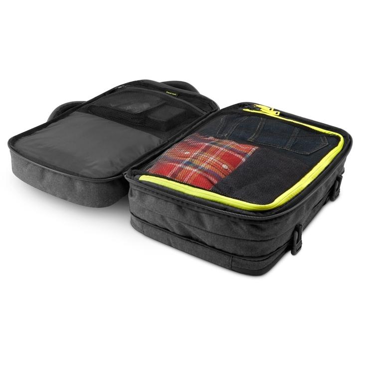 17インチのMacBookまで収納できる「EO Travel Backpack」