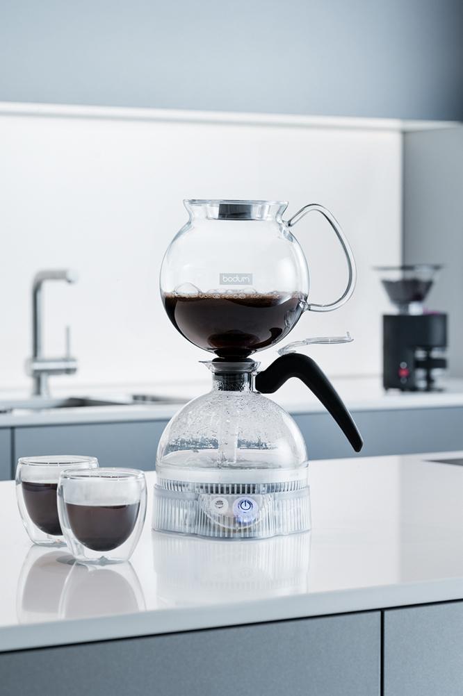 ボダムの電気式サイフォン式コーヒーメーカー