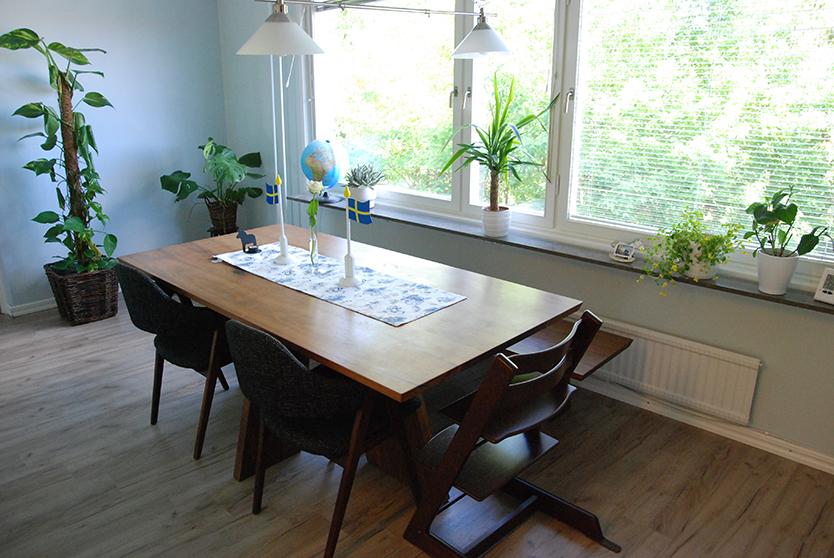 スウェーデンでDIYで家づくりしたダイニング