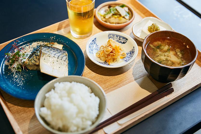 社食堂の日替わり定食