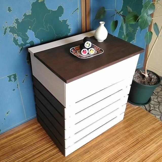 猫用トイレをすっきり収納。「隠す」を目的としたシンプルな家具
