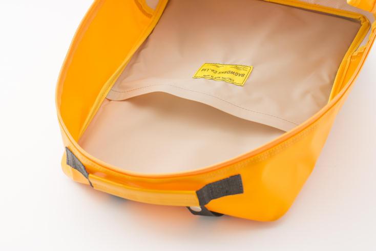 BAGWORKSのしごとのかばんは防炎認定素材