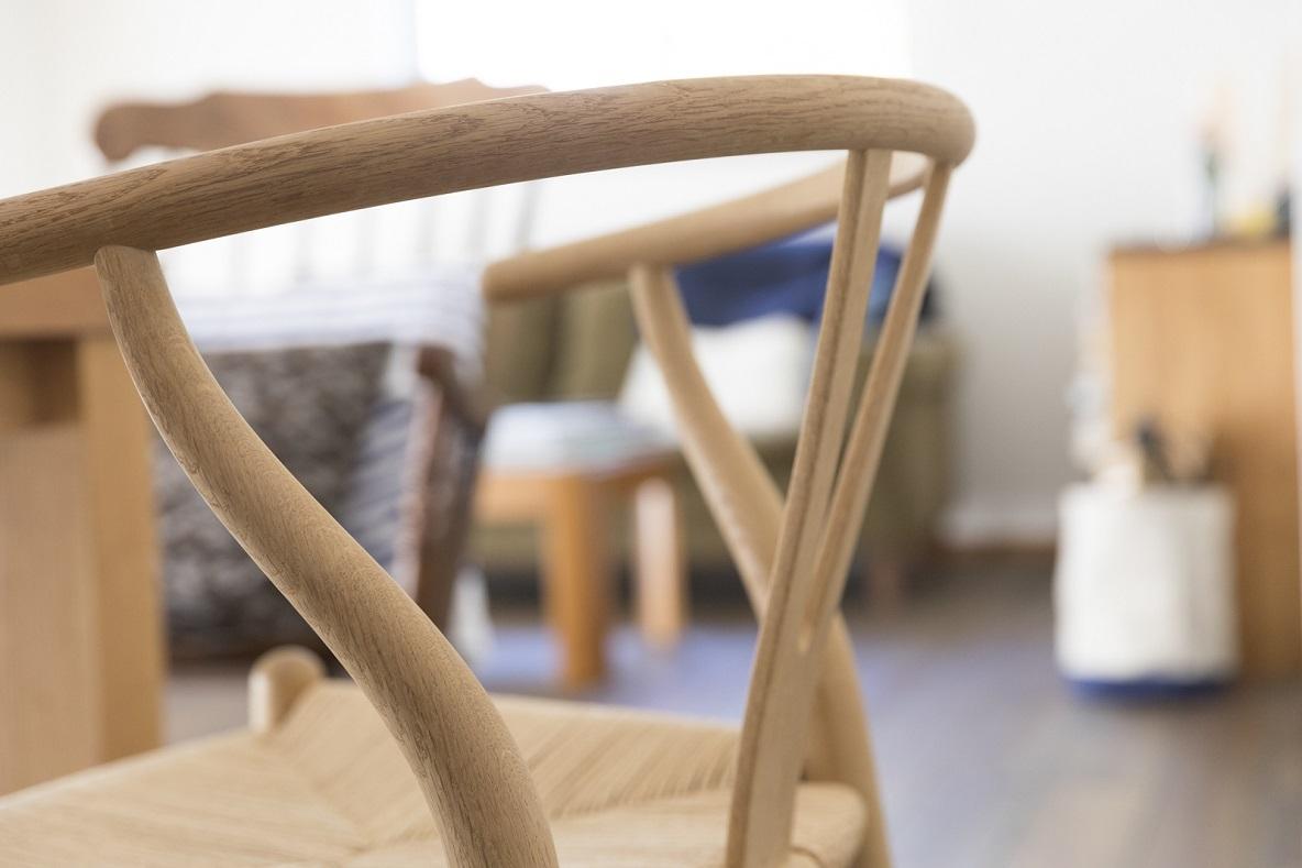 ハンス J.ウェグナーのYチェアや天童木工の椅子