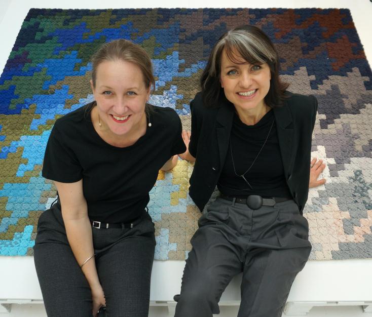 Katarina BrieditisさんとKatarina Evansさんによる無印良品「Handscape」展