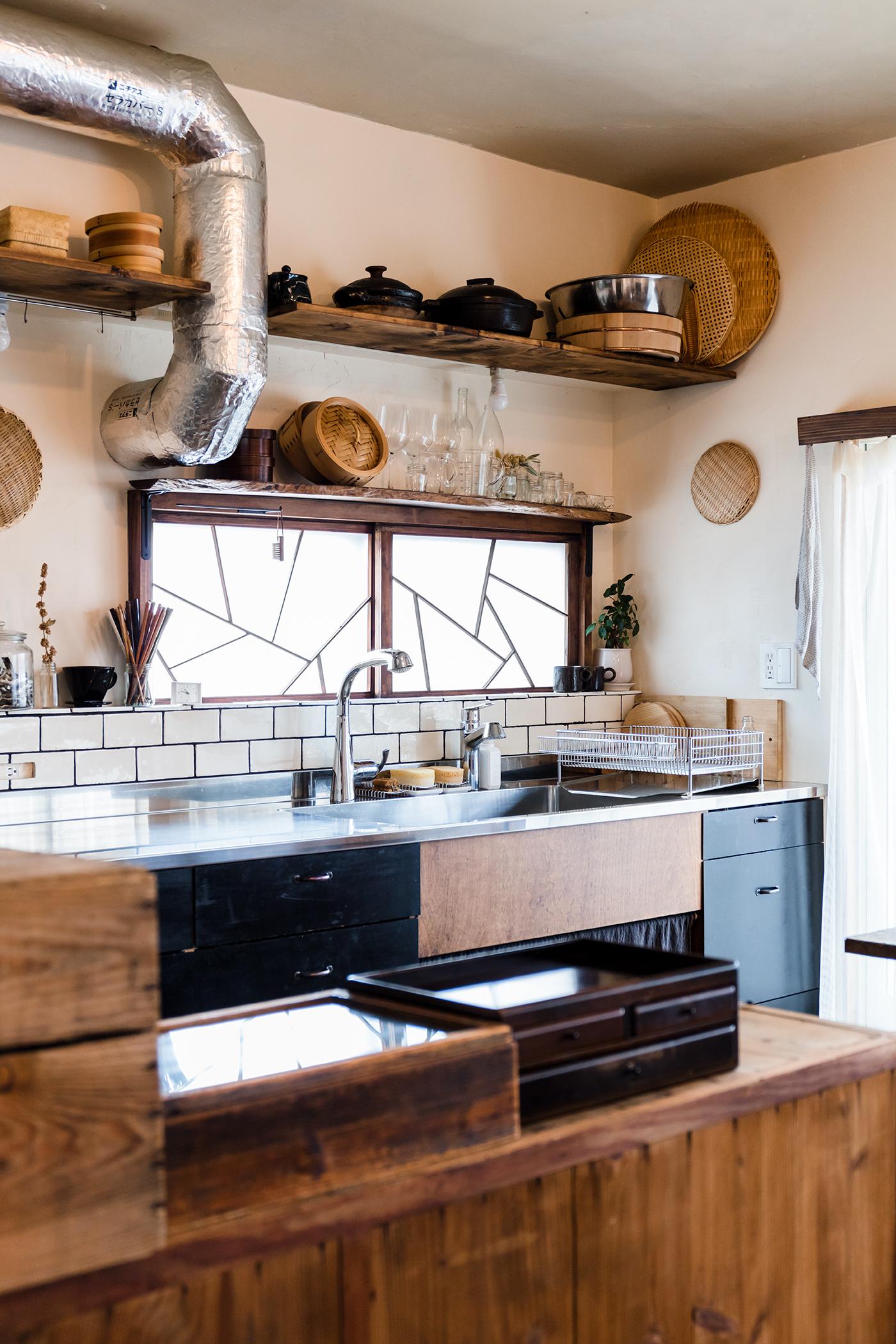 レトロで料理にこだわる人のかわいいキッチン