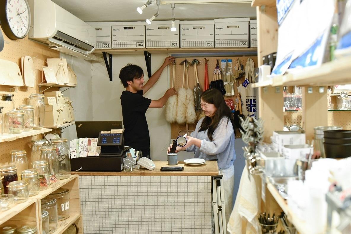 外のアウトドア感覚を日本の家庭に提案する「TASTE」(杉並区)