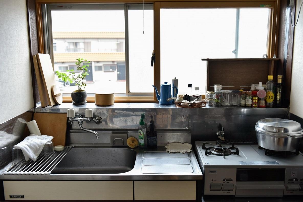 抜け感のあるキッチン