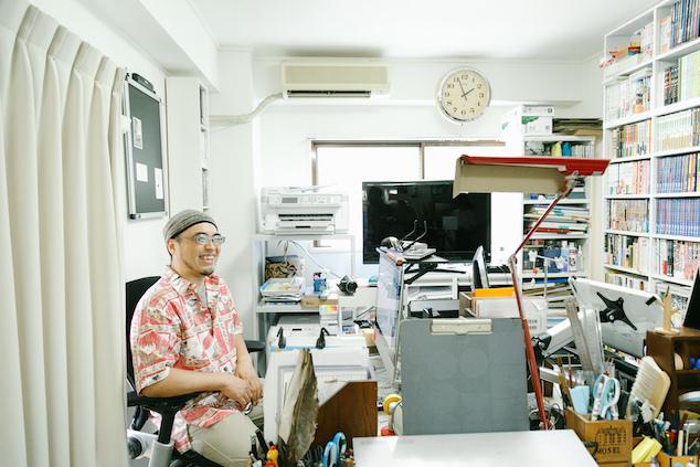 フリーの文房具ライターだったきだてたくさんと、漫画家の栗原まもるさんの仕事部屋