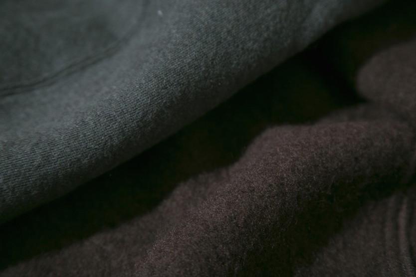 出かける時に身にまとう毛布「MOFU」
