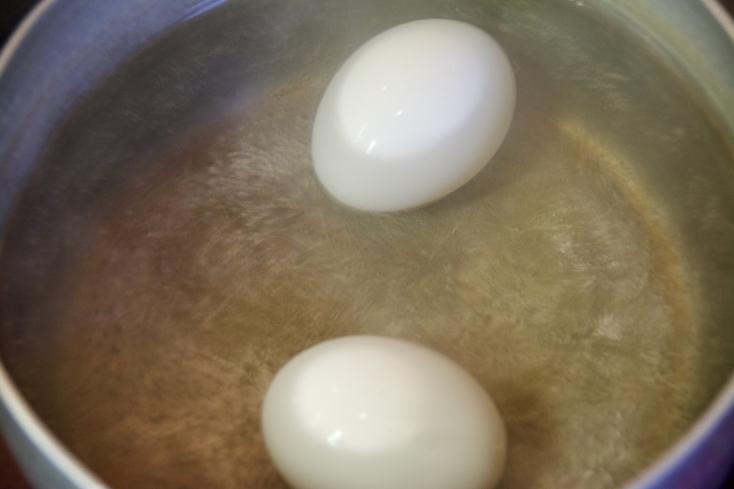 次はゆで卵