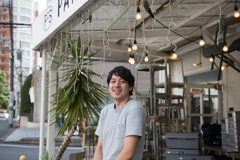 P.F.S.PARTS CENTER店長の小林さん