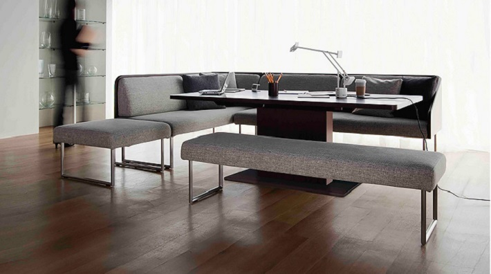 家具とテーブルウェアのデザイン展示会「Life around the Table」