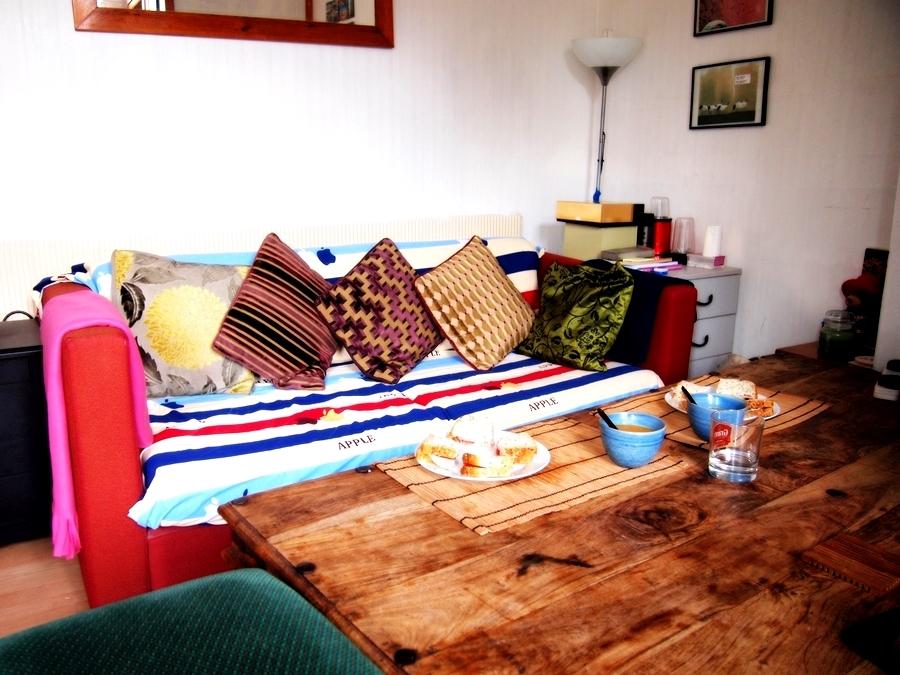 ロンドンの家のソファ