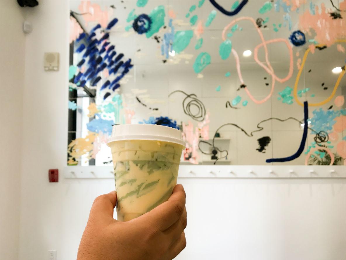 ロサンゼルス「Little Fluffy Head Cafe」が提供する「チーズ・ティー」の味は?