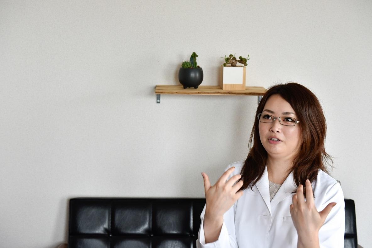 """村井さんがおすすめしてくれた""""生活臭をリセットさせる""""対策アイテムは、白元アースの「ノンスメル清水香」"""