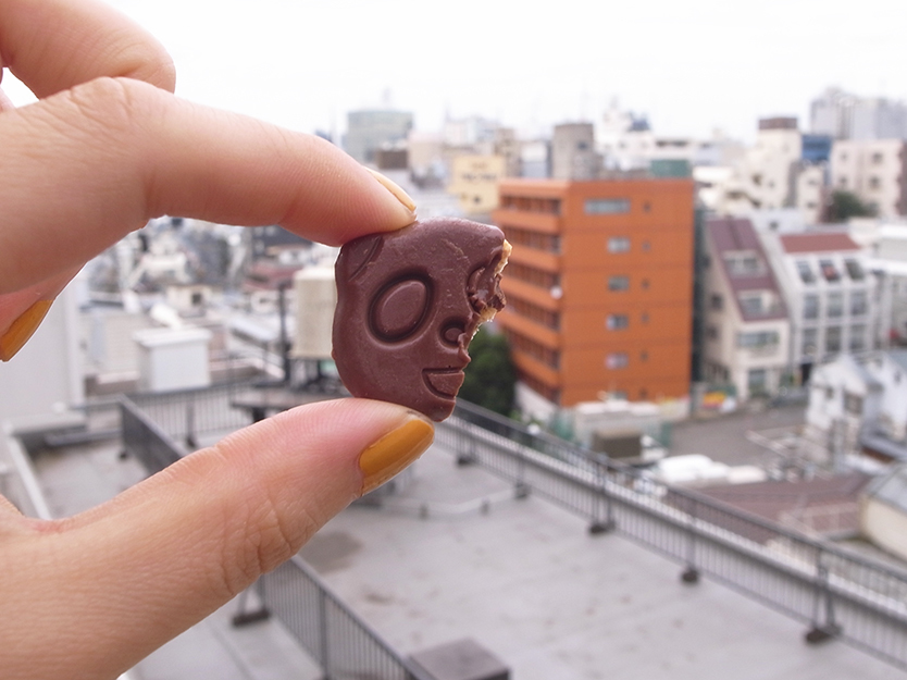 ファミリーマートのかわいいチョコクッキーのおやつ