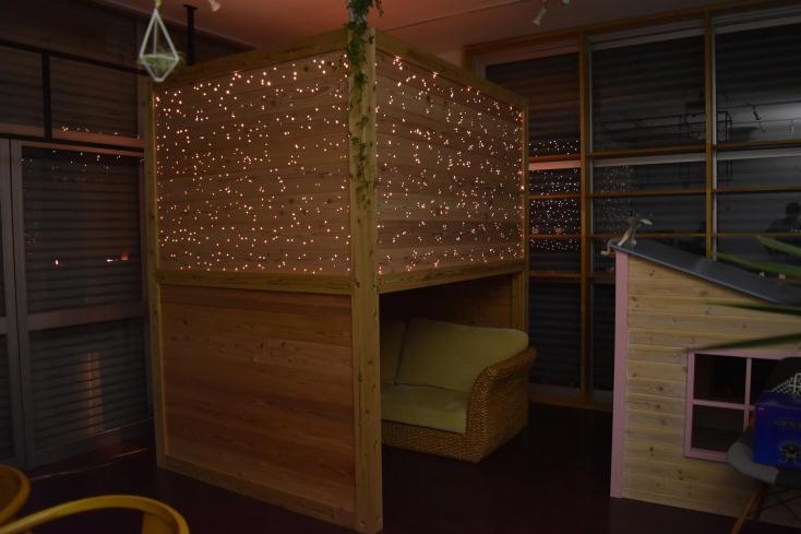 プラネタリウム付き箱型ベッド星箱