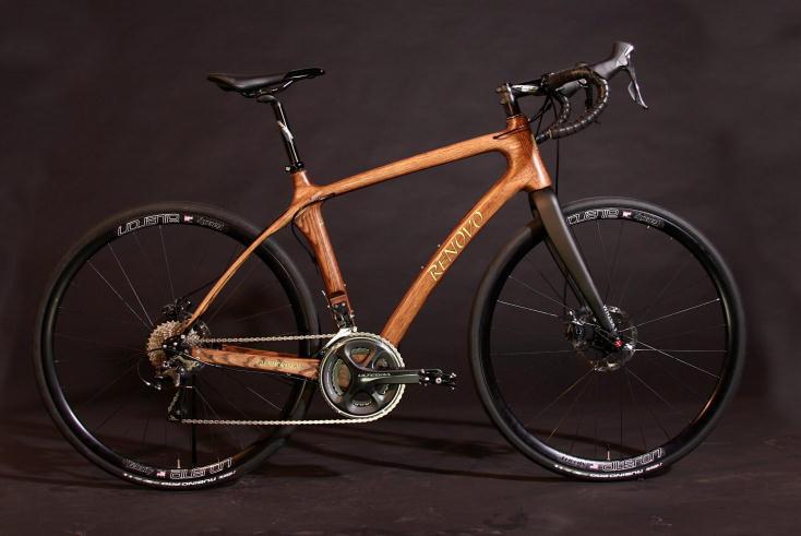 「ウィスキー樽」製フレームの自転車