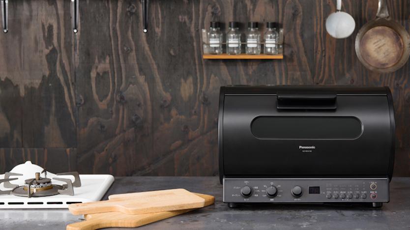 かたまり肉を360°回転し炙り焼きできるロティサリーグリル&スモーク