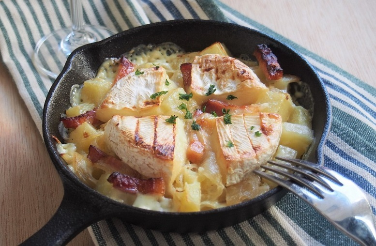 美味しいチーズレシピ、熱々を白ワインと共に召し上がれ!