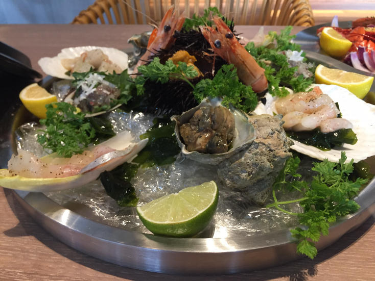 魚介系カフェ「LAND Seafood」のごはん