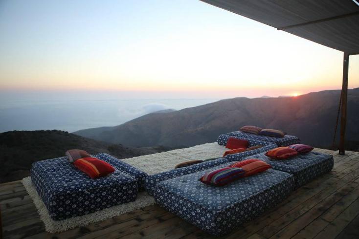 AirbnbのキャンピングカーSTAY
