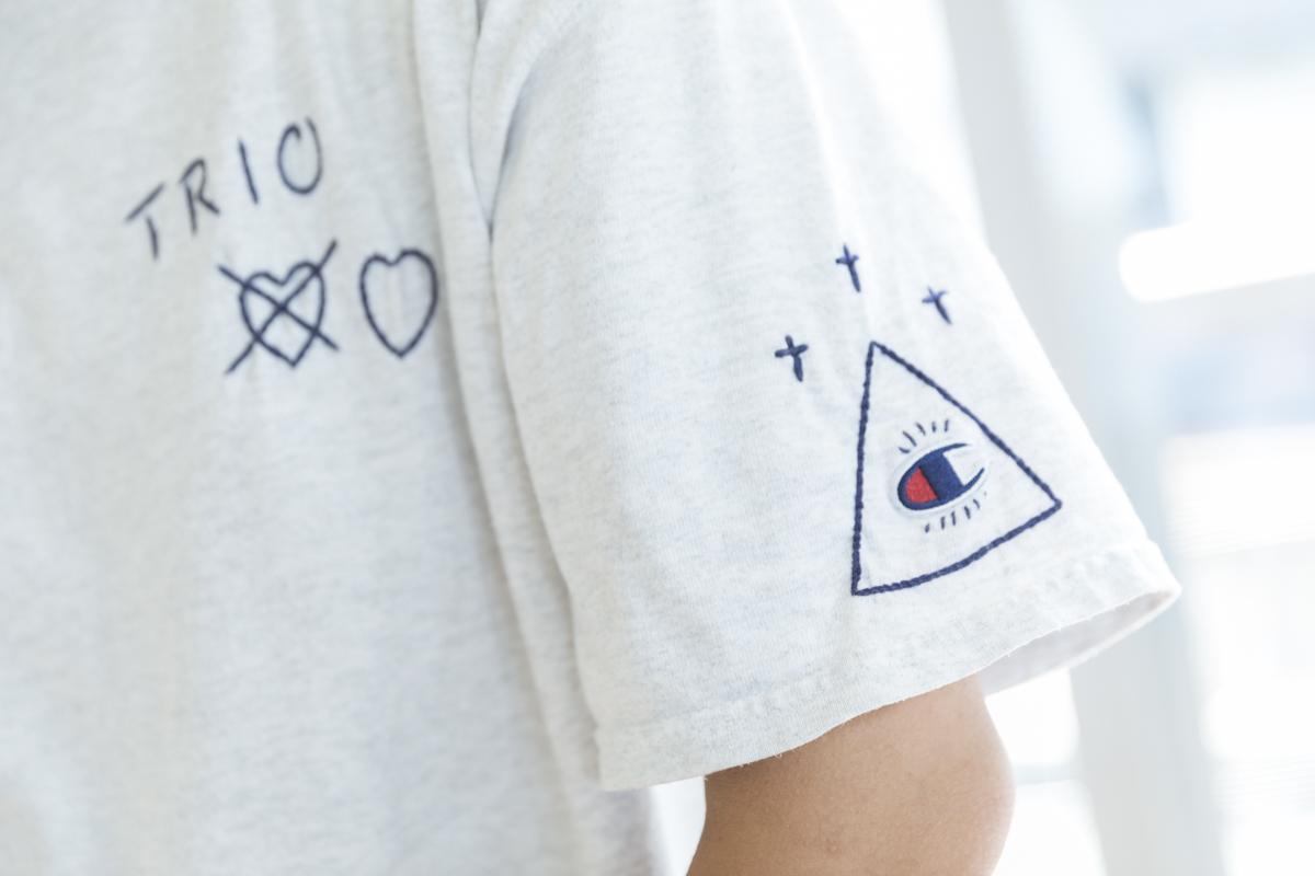 TORIOのTシャツ
