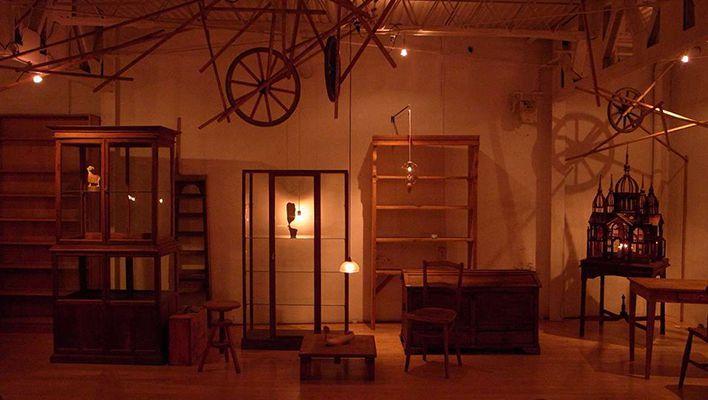 イデーショップ自由が丘店で、ヴィンテージ家具とジュエリーブランドのコラボPOP UPが開催