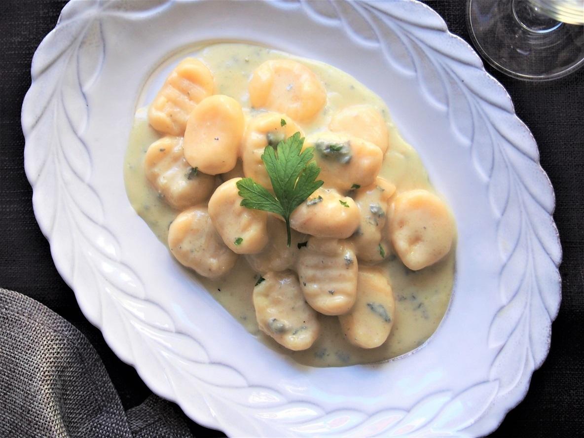 家にあるもので作れる、簡単レシピ。手作りニョッキをゴルゴンゾーラソースで