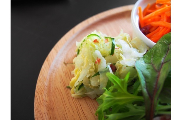 冬においしい野菜で作る前菜「白菜のコールスロー」