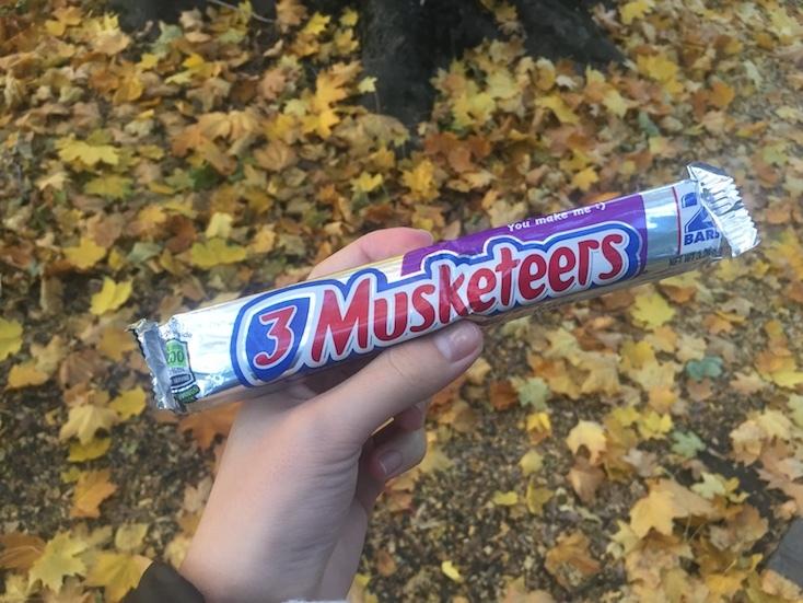 あまいチョコレートバー『3 Musketeers』