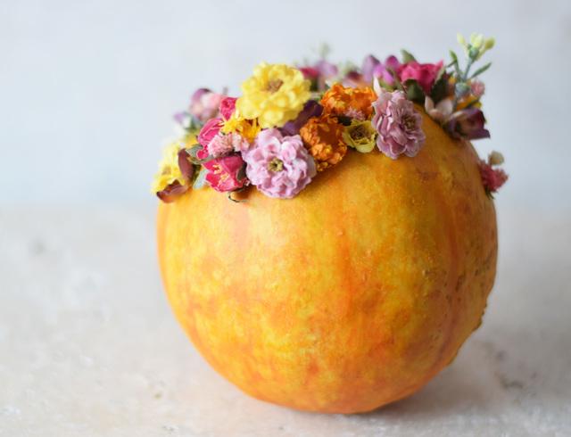 リアルすぎるリンゴが、部屋を華やかに彩る。手作りで仕上げたデザインプランター