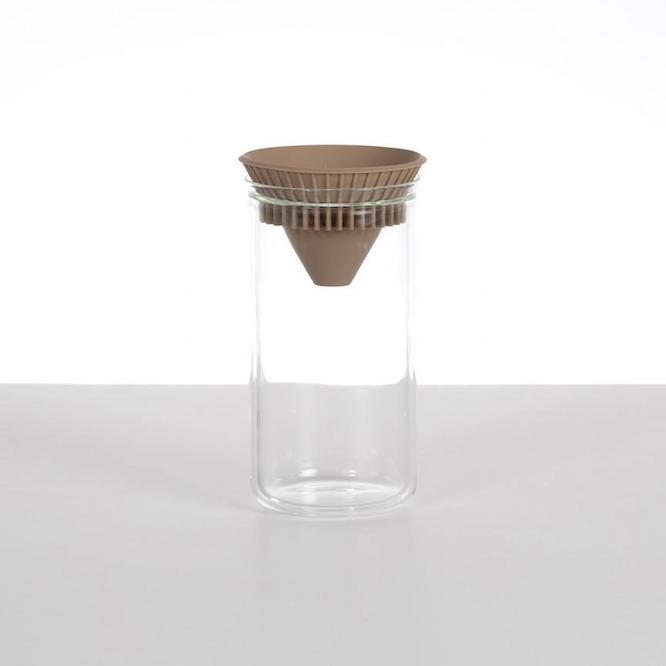 コーヒーにもお茶にも使える、洗練されたデザインのオレゴン発のTwin Carafe
