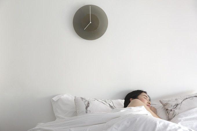 一日の流れを表現する時計