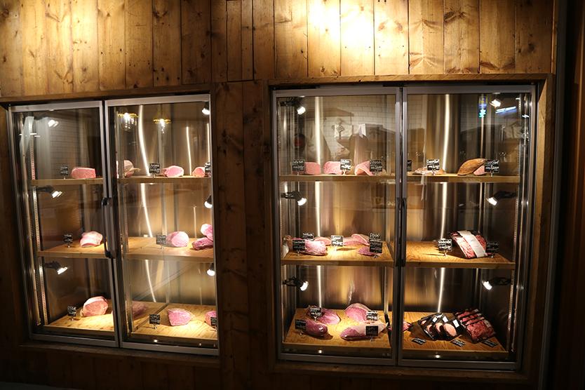 ミート・コンシュルジュがフルオーダーカットで肉を提供する和牛専門精肉店TOKYO COWBOY