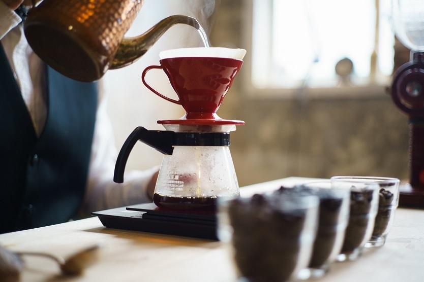 自宅でもっと香り高いコーヒーを楽しむ方法をコーヒールンバの平岡佐智男さんに聞きました